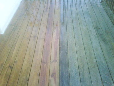 Pressure_Cleaned_Deck_Before_After