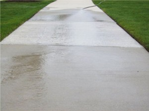 power washing sidewalk